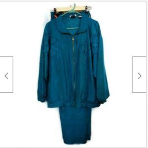 EVR Div Apparel Group teal vtg silk jogging suit